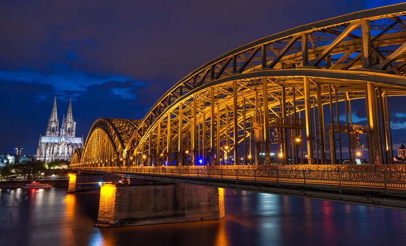 _Hohenzollern-Bridge.jpg