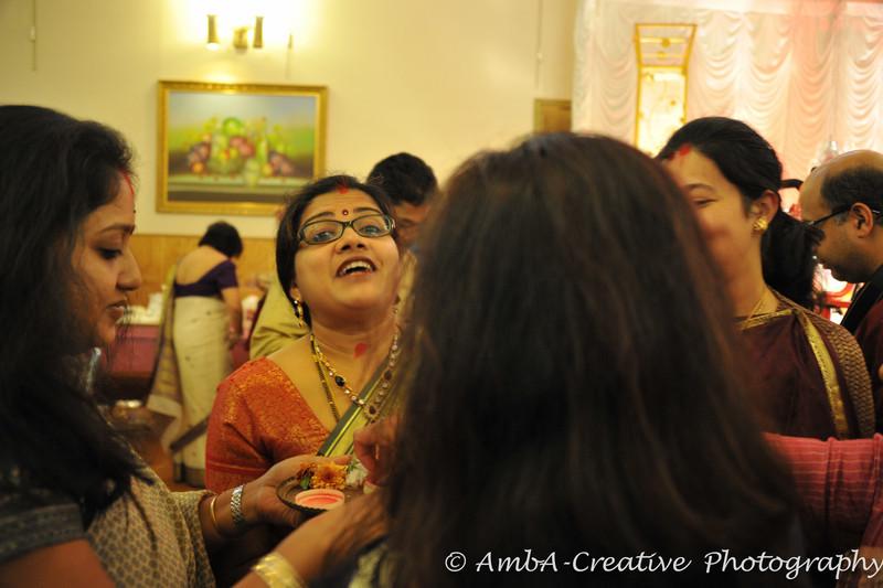 2013-10-13_DurgaPuja_Navami@KallolNJ_43.jpg