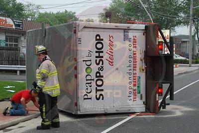 Farmingdale F.D. MVA w/ Overturned Box Truck 574 Fulton St. 6/10/09