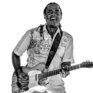 Kenny Neal at Redwood City Blues Festival 2016