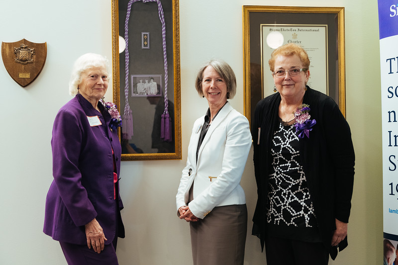 20190318_Sigma Theta Tau Hanging of the Charter-1462.jpg