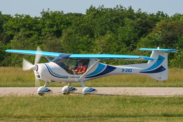 9-242 - Fantasy Air Allegro 2000