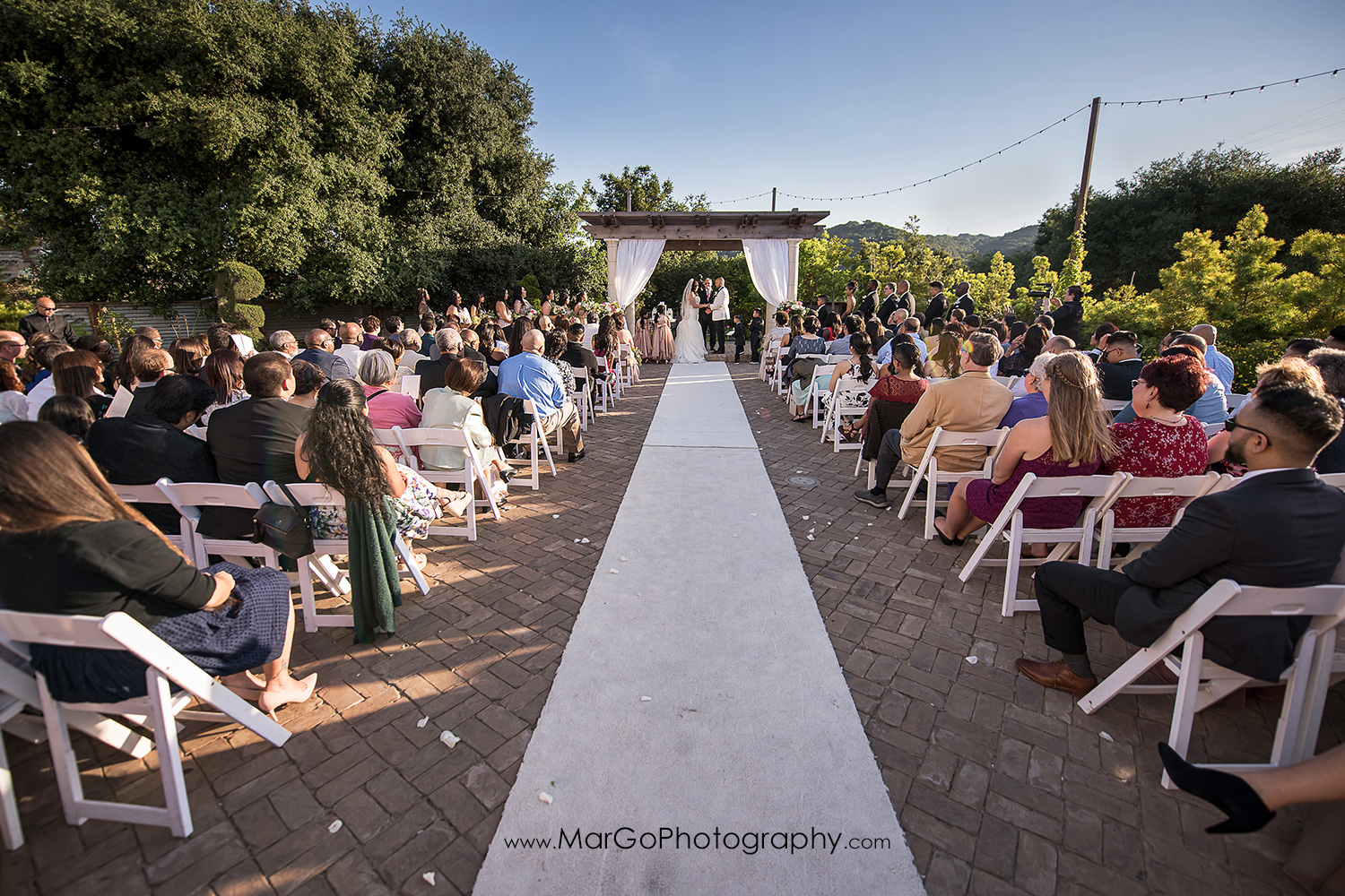 wedding ceremony at Sunol's Casa Bella
