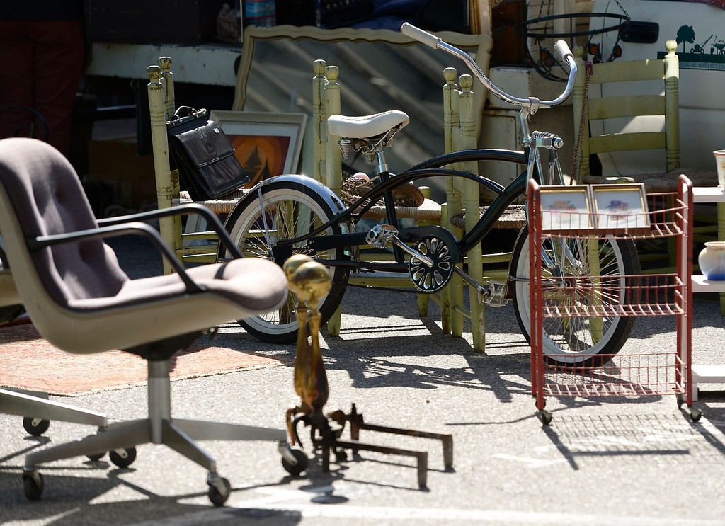 . Old and newer furniture and vintage items are all for sale. Taft High School opened a full-scale Antiques and Collectibles Mart that occur every Saturday in the school parking lot. The school will receive a portion of the proceeds that is not funneled through and picked over by LAUSD. Los Angeles, CA. March 15, 2014 (Photo by John McCoy / Los Angeles Daily News)