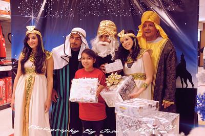 2012-01-06 Three Kings Day Celebration at Desert Sky Mall