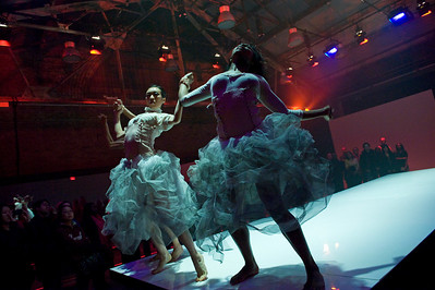 Cedar Lake Contemporary Ballet, INSTALLATION, Jan.10, 2010 Part 1