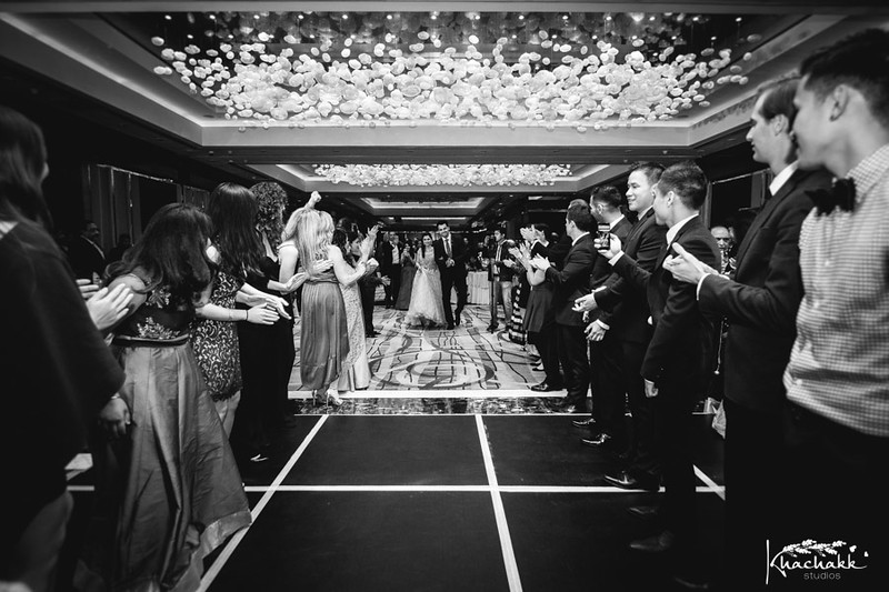 best-candid-wedding-photography-delhi-india-khachakk-studios_31.jpg