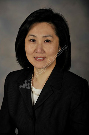 27406 - Huey Lin Portrait