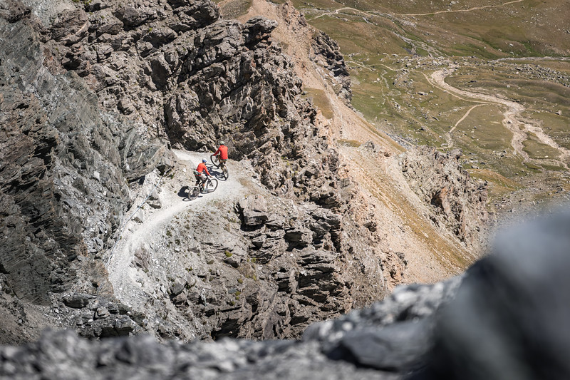 Ross Hewitt and Dave Searle riding from Col du Lauson, Gran Paradiso, Italy