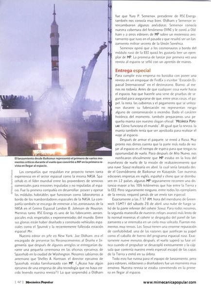 la_primera_revista_en_el_espacio_agosto_2001-03g.jpg