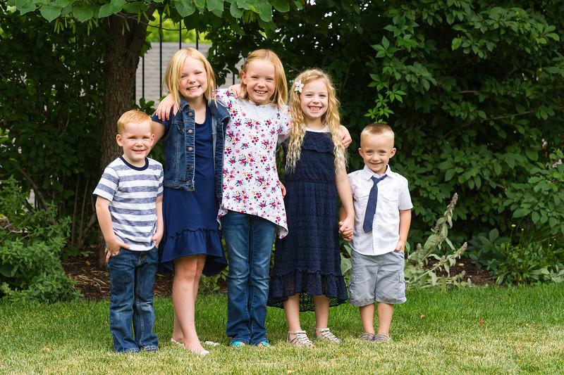 AG_2018_07_Bertele Family Portraits__D3S4079-2.jpg