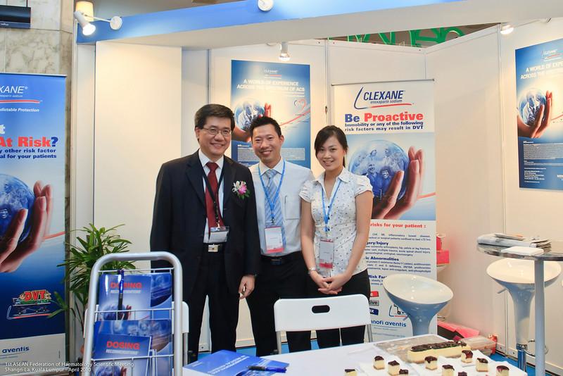 Dr Ng, Andrew Wee and Alicia Chin - Sanofi-Aventis