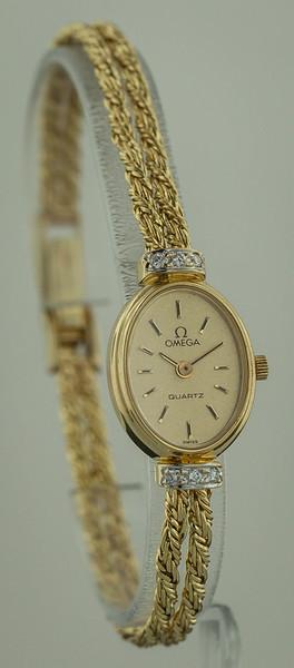 gold watch-2086.jpg