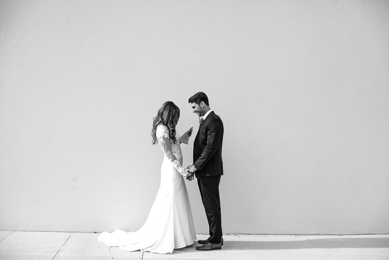 Kate&Josh_B&W_ZACH.WATHEN.PHOTOGRAPHER-273.jpg