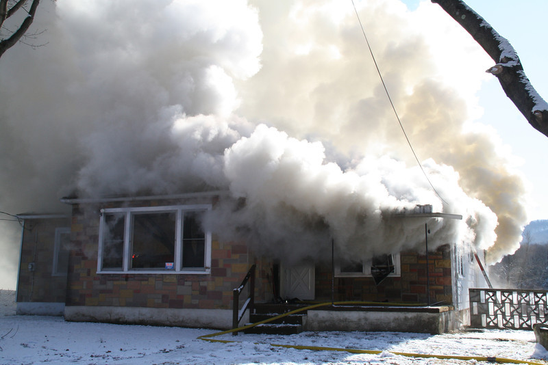 House Fire, Summer Valley Road, New Ringgold, West Penn, 2-9-2012 (12).JPG