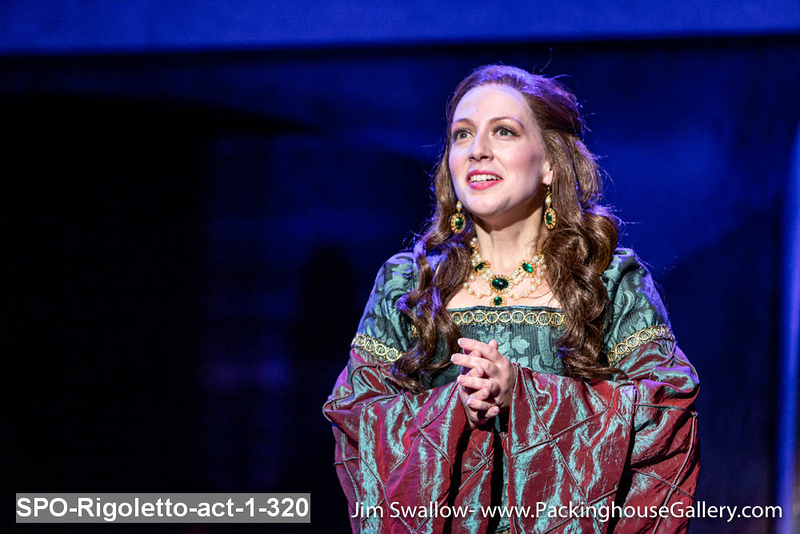 SPO-Rigoletto-act-1-320.jpg