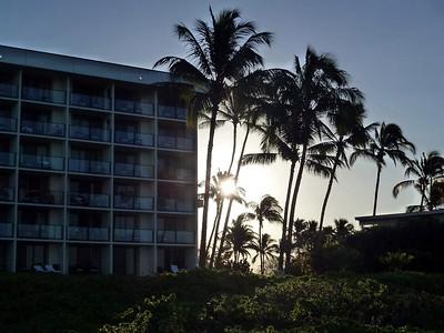 Shoreline Walk to Hilton Resort 2012-02-06