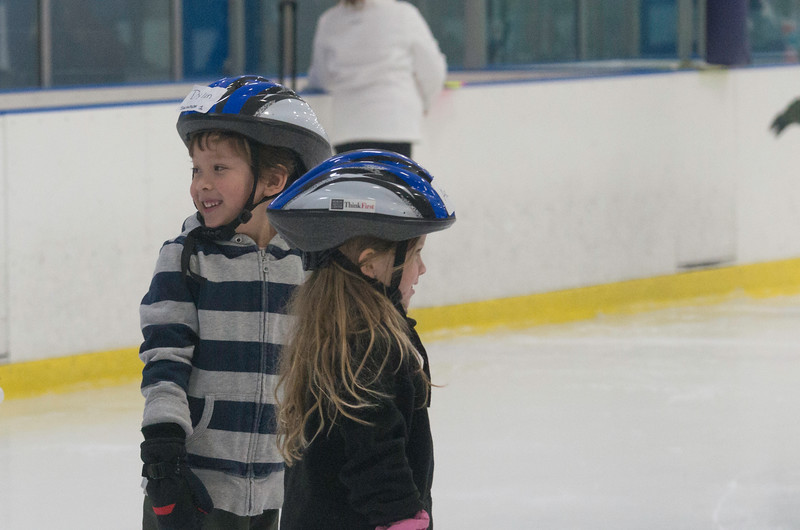 February 2015 Skating lessons - Ada and Dylan - _CAI7732.jpg