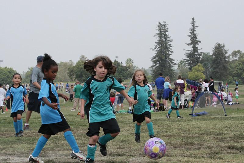 Soccer2011-09-24 11-54-16.JPG