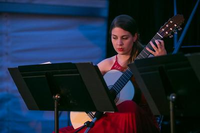 Guitarists - Laura Lillian Mazon Franqul & Federico Musgrove