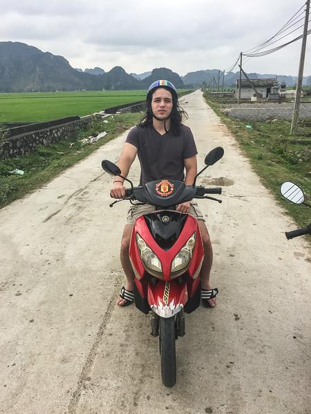 Vietnam.124.NinhBinh.jpg