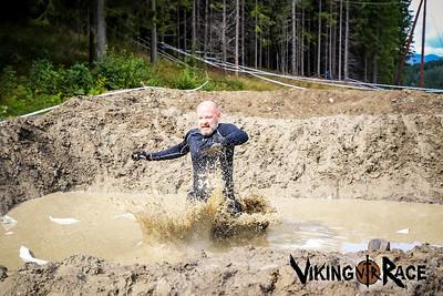 Muddy Hurdles 1430-1500
