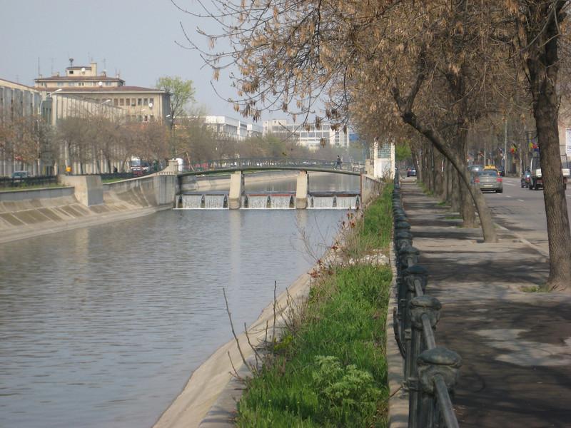 river_2.jpg