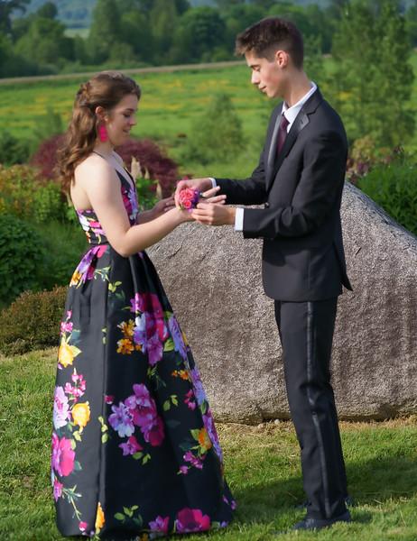 2019-05-18 Cedarcrest Prom 2019 008.jpg