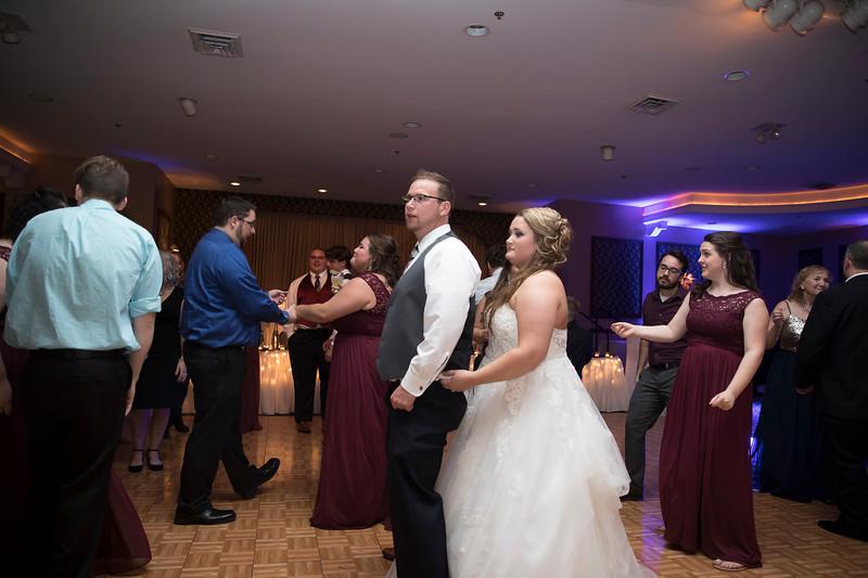 Amanda & Tyler Wedding 1038.jpg