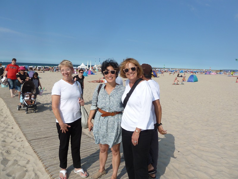 Jody McCrory, Livia McCarthy and Debbie Sloan at the beach - Michael McCrory