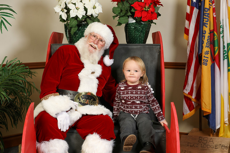 TBTP 2019 Photos with Santa-65.JPG