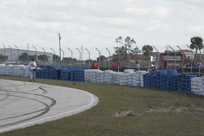 No-0501 The SCCA CFR Region Winter National at Sebring International Raceway on January 8-9 2005