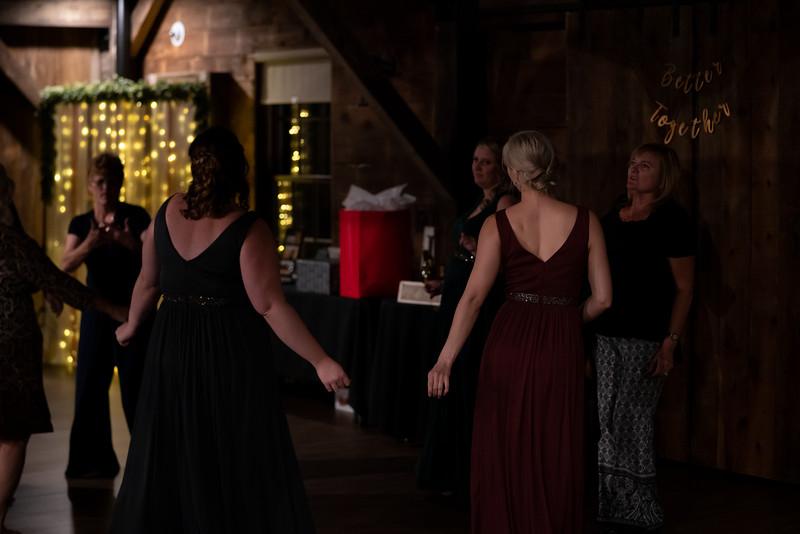 rustic_ohio__fall_barn_wedding-430.jpg