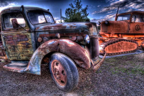 Vista Antique Tractor Museum - HDR