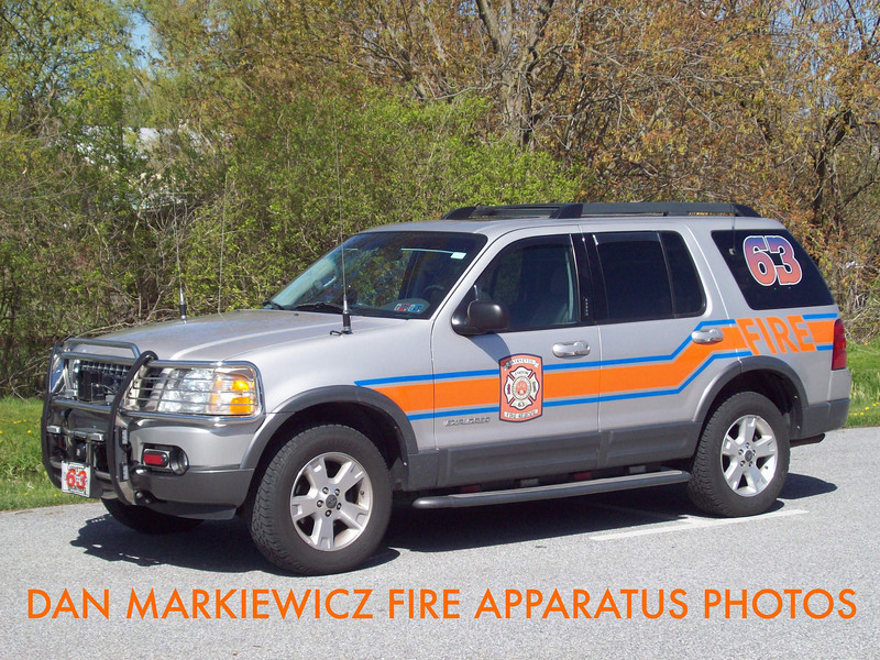 LAFAYETTE FIRE CO. CAR 63 2006 FORD OIC UNIT