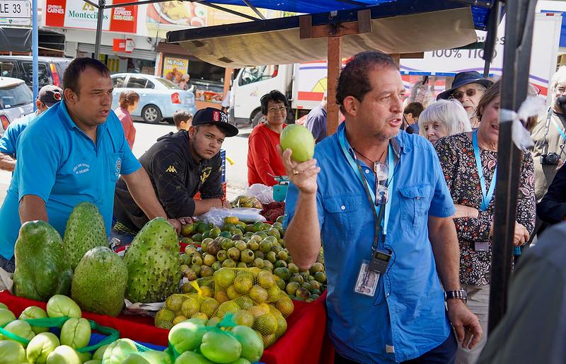 Marketplace in Oreamuino de Cartago