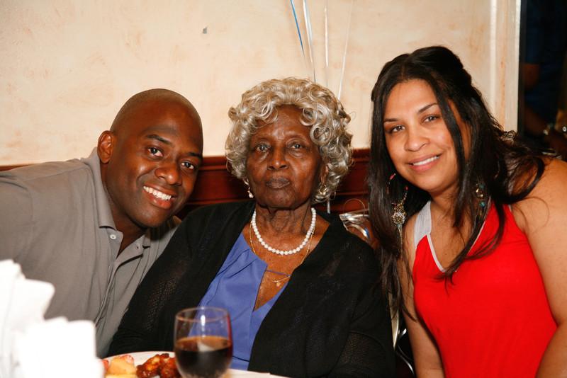 Edouard Family Reunion-3564.jpg