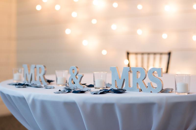 couples-wedding-table.jpg