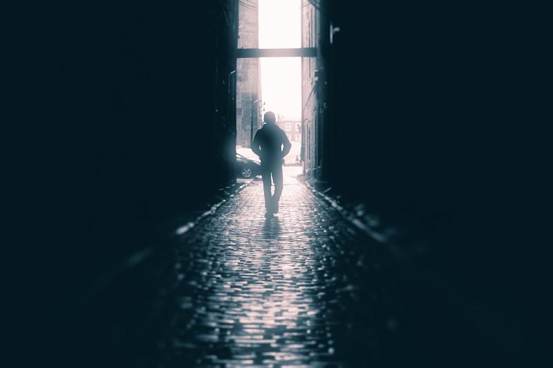 Alley Light-2.jpg