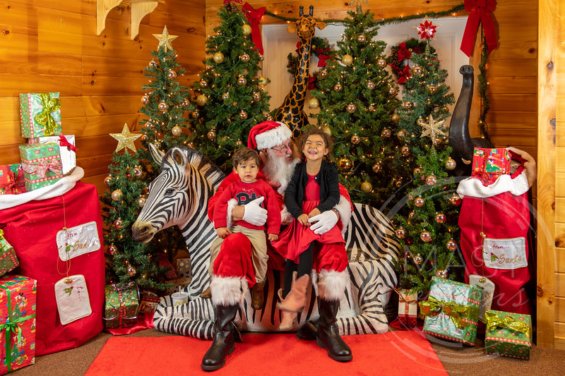 2019-12-01 Santa at the Zoo-7346.jpg