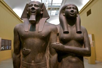 Statue Embrace
