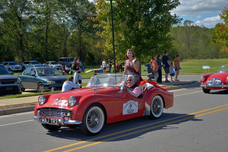 homecoming-parade-classic-cars-3.jpg