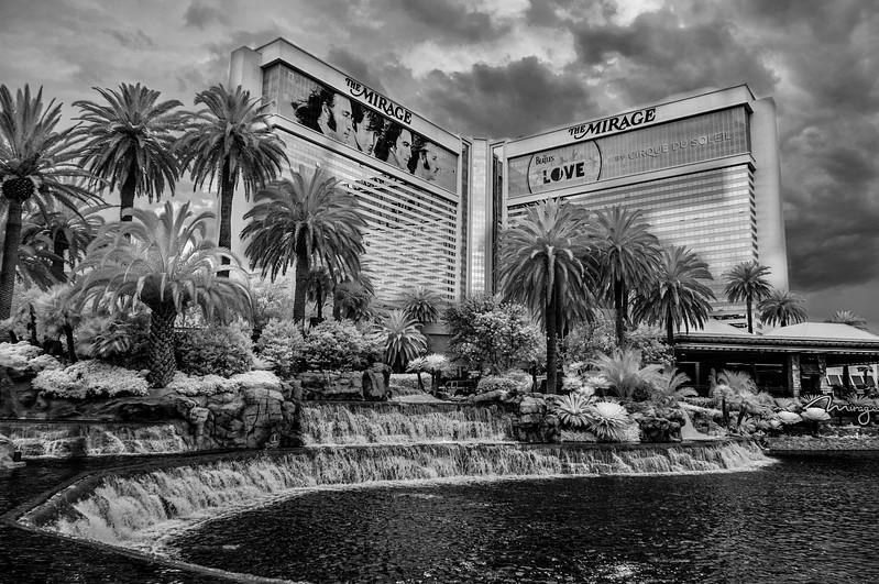 Las Vegas 02 bw.jpg