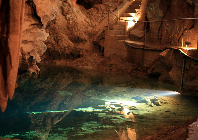 Caves 120.jpg