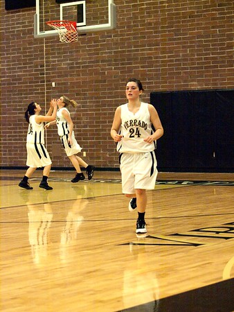 Basketball Girls Varsity vs Maricopa 12/8/2009