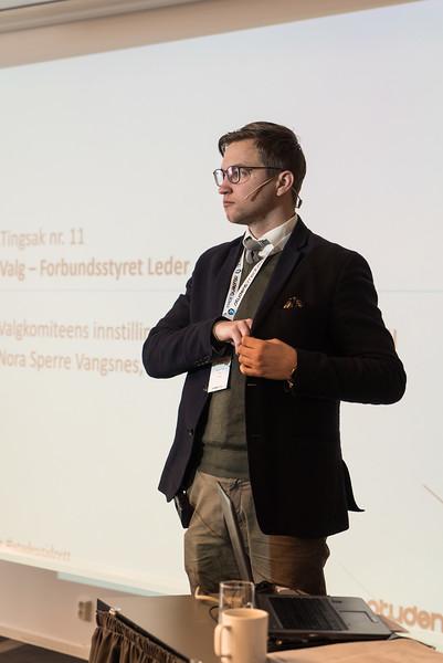 Dirigent Øyvind Frisak 2.jpg
