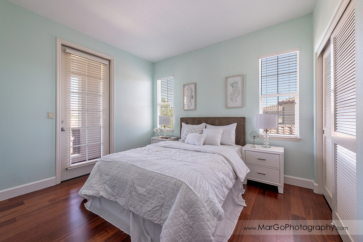 green bedroom in San Ramon house - real estate photography
