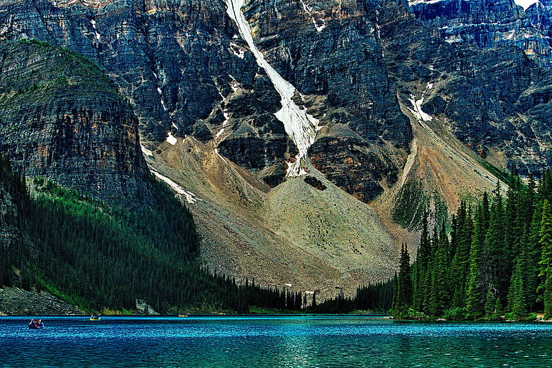 img-gci-group2-09-16-Moraine Lake Close up.jpg