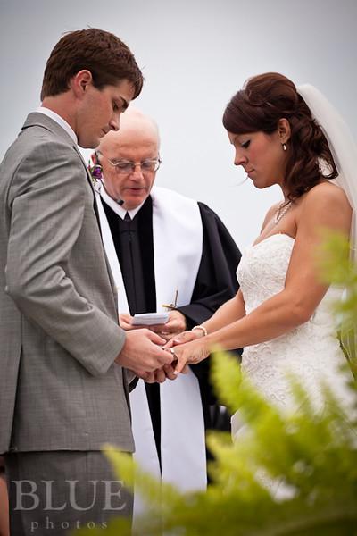 Holt-Summit-MO-Winery-Wedding-Photographer-091810-20.jpg