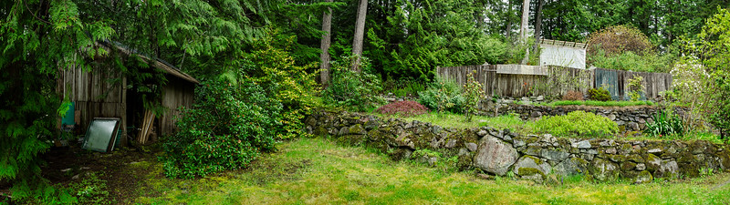 Backyard-Panarama_H3500.jpg